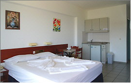 Studio and kitchenette