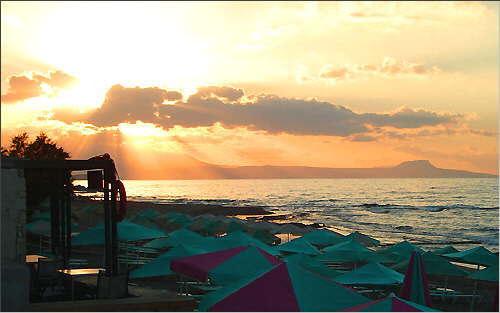 Sundown over Aktrotiri peninsula